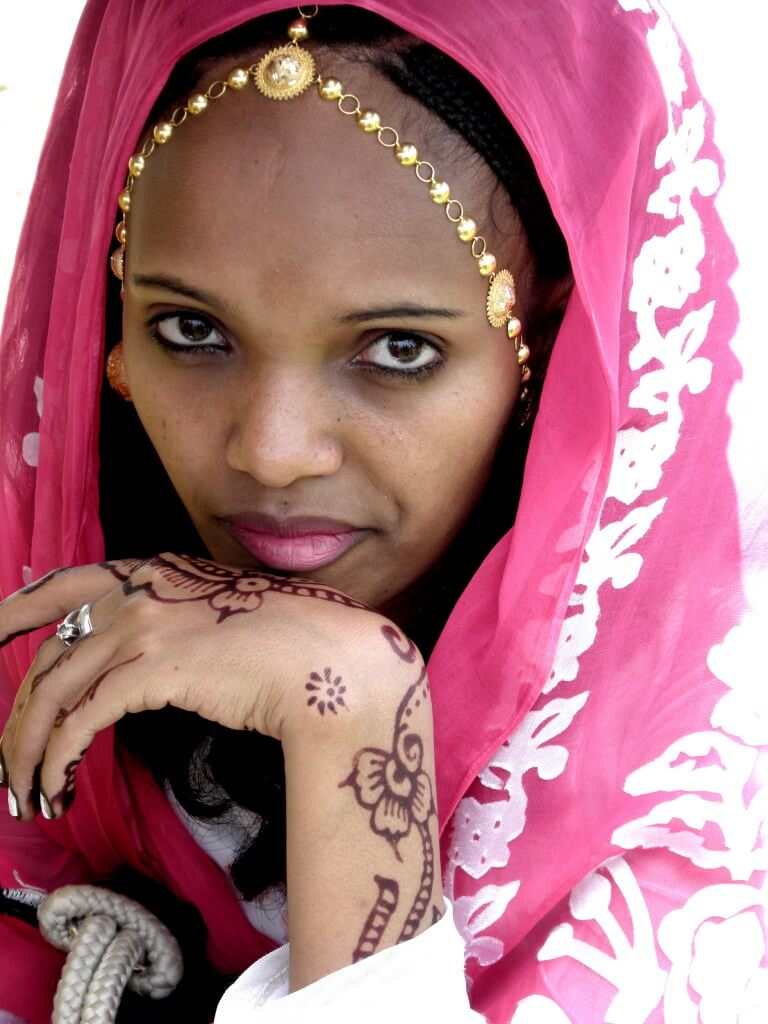 Ethiopia, Tigre, woman, beautiful, decorated, pink, queen, Sheba